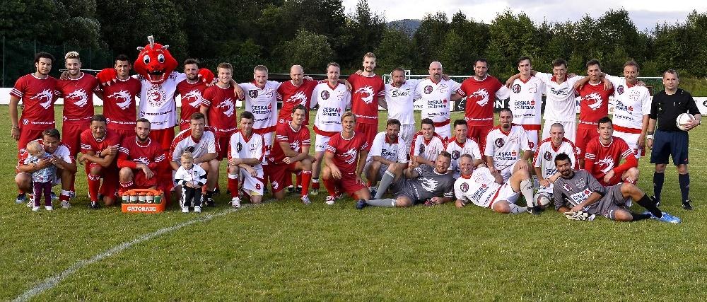 Fotbalové utkání výběru FanClubu proti Ocelářům